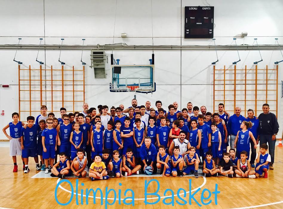 Foto di squadra dell'Olimpia Taggia 2016/17 © OLIMPIA TAGGIA